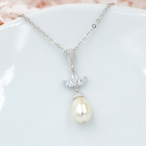 Collier mariage Kate