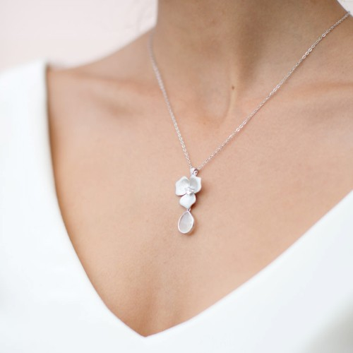 Collier mariage strass romantique