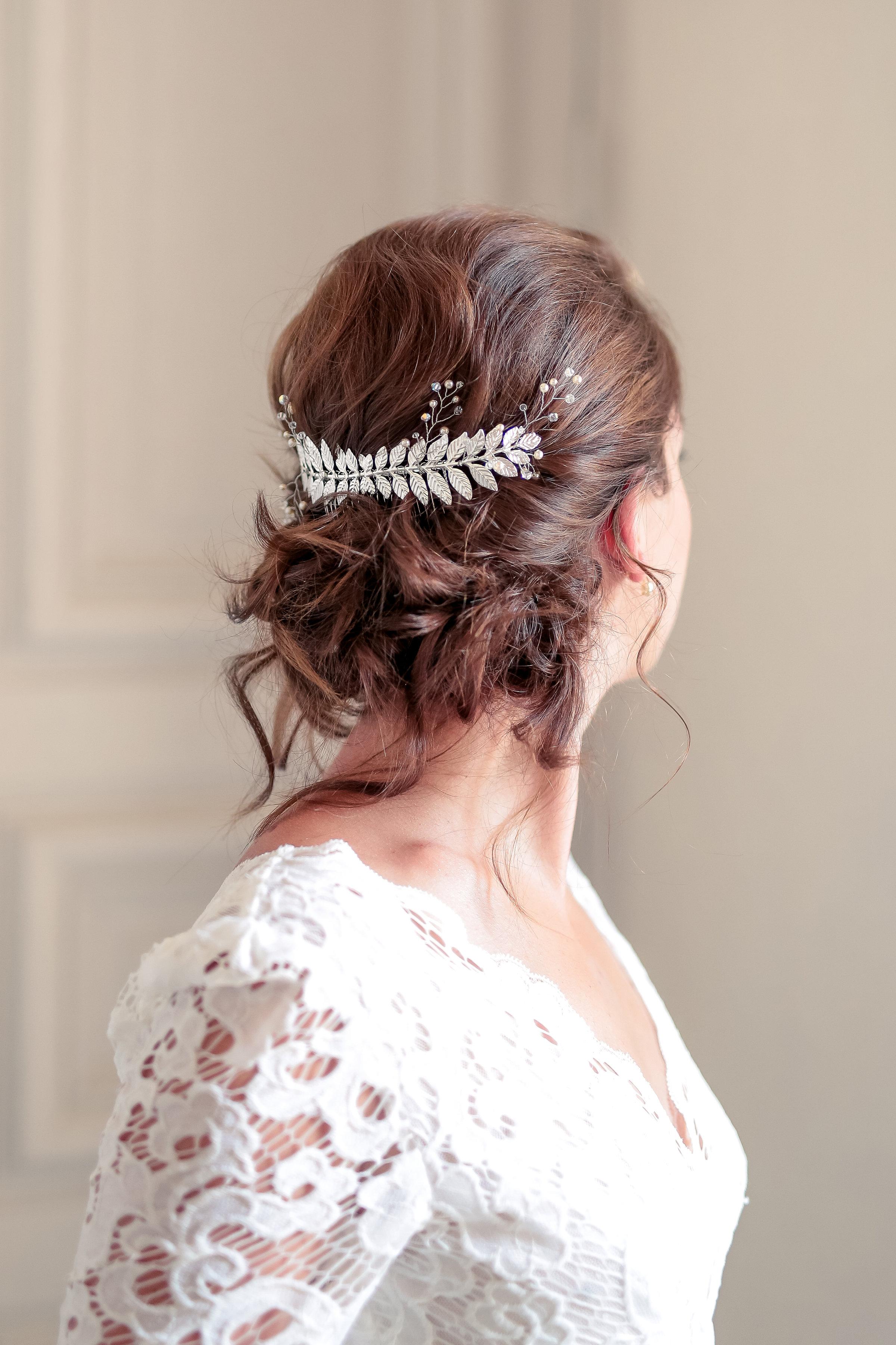 Bijoux de tete mariée feuilles bohème